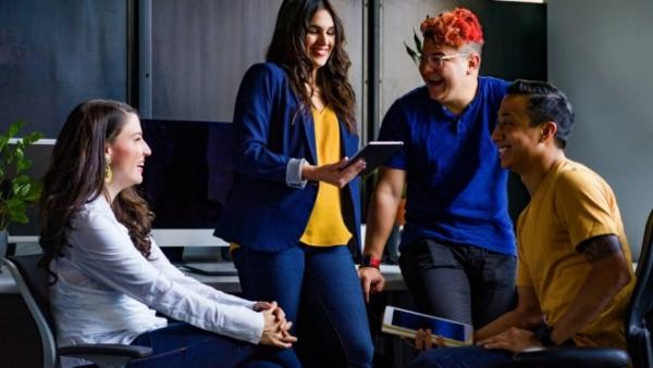 Hackacom conecta boas ideias a desafios de transformação social.