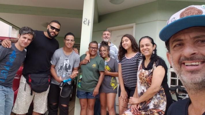 Família Guimarães passa por Maringá